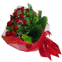 Konya internetten çiçek satışı  12 adet kirmizi essiz gül buketi - SEVENE ÖZEL