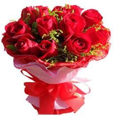 9 adet kirmizi güllerden kipkirmizi buket  Konya online çiçekçi , çiçek siparişi