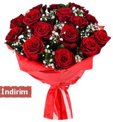 12 Adet kırmızı aşk gülleri  Konya hediye sevgilime hediye çiçek