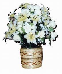 yapay karisik çiçek sepeti   Konya çiçek siparişi sitesi