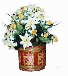 yapay karisik çiçek sepeti   Konya çiçek gönderme