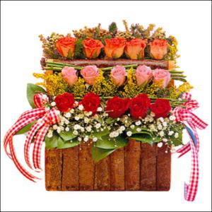 sandikta 3 kat güllerden   Konya çiçek gönderme