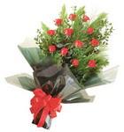 12 adet kirmizi gül buketi   Konya kaliteli taze ve ucuz çiçekler