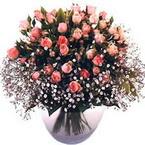 büyük cam fanusta güller   Konya uluslararası çiçek gönderme