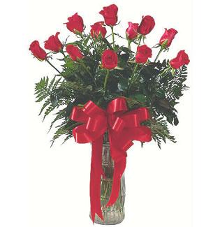 12 adet gül cam içerisinde  Konya çiçek gönderme