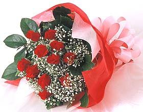 12 adet kirmizi gül buketi  Konya çiçek yolla