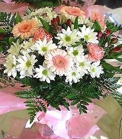 Konya çiçek mağazası , çiçekçi adresleri  karma büyük ve gösterisli mevsim demeti