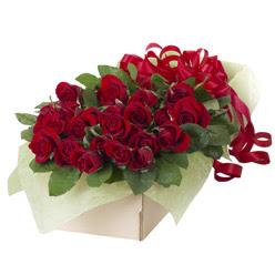 19 adet kirmizi gül buketi  Konya çiçekçiler