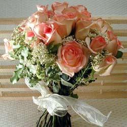 12 adet sonya gül buketi    Konya 14 şubat sevgililer günü çiçek