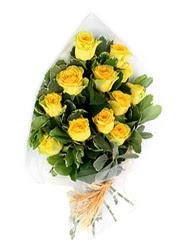 Konya çiçekçiler  12 li sari gül buketi.