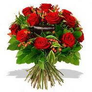 9 adet kirmizi gül ve kir çiçekleri  Konya yurtiçi ve yurtdışı çiçek siparişi