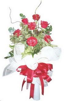 Konya güvenli kaliteli hızlı çiçek  7 adet kirmizi gül buketi