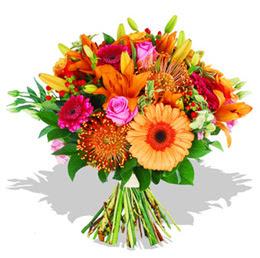 Konya anneler günü çiçek yolla  Karisik kir çiçeklerinden görsel demet