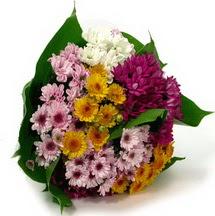 Konya anneler günü çiçek yolla  Karisik kir çiçekleri demeti herkeze