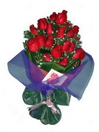 12 adet kirmizi gül buketi  Konya çiçek gönderme sitemiz güvenlidir
