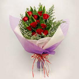 çiçekçi dükkanindan 11 adet gül buket  Konya kaliteli taze ve ucuz çiçekler