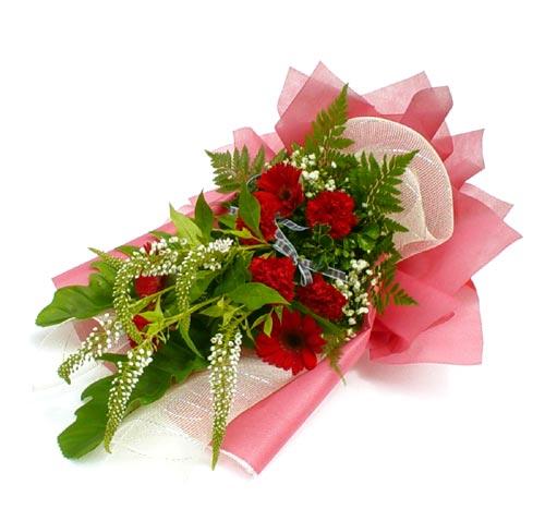 Karisik çiçek buketi mevsim buket  Konya güvenli kaliteli hızlı çiçek