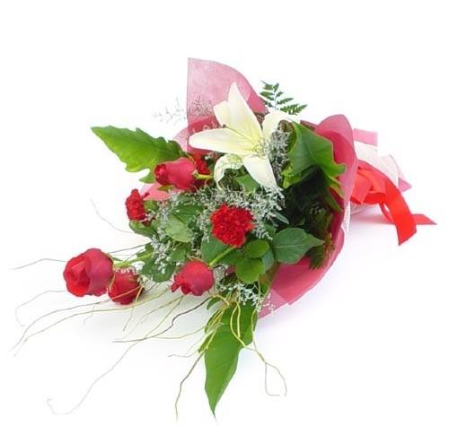 Mevsim çiçeklerinden karisik buket  Konya çiçek yolla