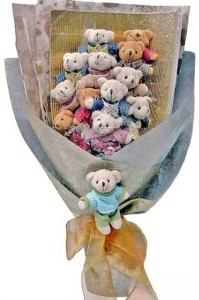 12 adet ayiciktan buket tanzimi  Konya çiçek yolla