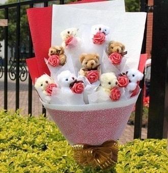 Konya İnternetten çiçek siparişi  9 adet ayicik ve 9 adet yapay gül