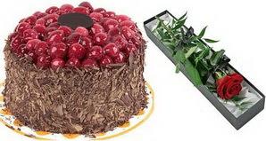 1 adet yas pasta ve 1 adet kutu gül  Konya çiçekçi telefonları
