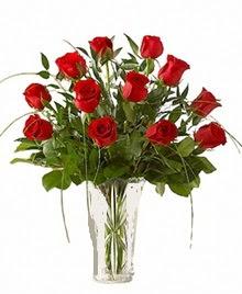 cam yada mika vazo içerisinde 9 kirmizi gül  Konya güvenli kaliteli hızlı çiçek