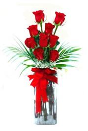 Konya anneler günü çiçek yolla  9 adet mika yada cam vazoda gül tanzimi