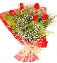 Konya çiçek , çiçekçi , çiçekçilik  5 adet kirmizi gül buketi demeti