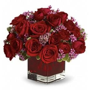 11 adet kırmızı gül vazosu  Konya online çiçekçi , çiçek siparişi