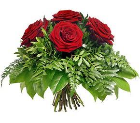 Konya çiçek siparişi sitesi  5 adet kırmızı gülden buket