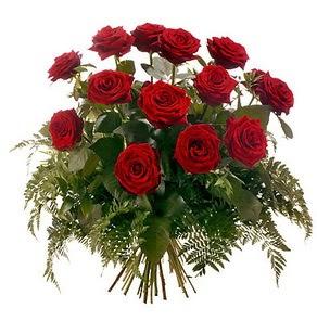 Konya yurtiçi ve yurtdışı çiçek siparişi  15 adet kırmızı gülden buket