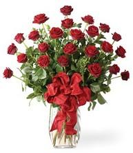 Sevgilime sıradışı hediye güller 24 gül  Konya çiçek satışı