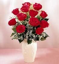 Konya kaliteli taze ve ucuz çiçekler  9 adet vazoda özel tanzim kirmizi gül