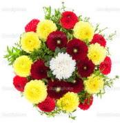 Konya kaliteli taze ve ucuz çiçekler  13 adet mevsim çiçeğinden görsel buket