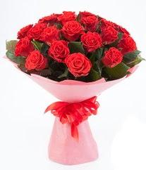 15 adet kırmızı gülden buket tanzimi  Konya güvenli kaliteli hızlı çiçek