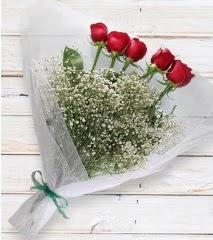 5 kırmızı gülden sade buket  Konya uluslararası çiçek gönderme