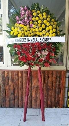Konya çiçek , çiçekçi , çiçekçilik  Cenaze çiçek modeli
