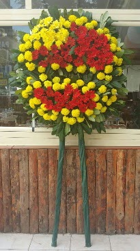 Cenaze çelengi çiçek modeli  Konya çiçek siparişi sitesi