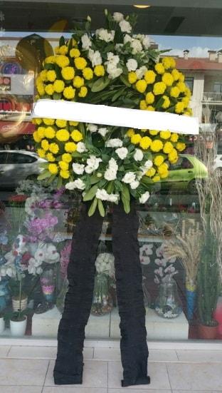 Cenaze çiçek modeli cenaze çiçeği  Konya anneler günü çiçek yolla