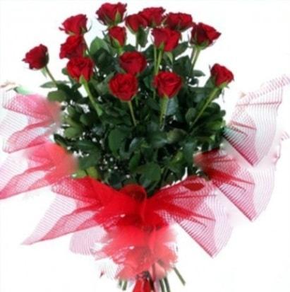 15 adet kırmızı gül buketi  Konya çiçek yolla